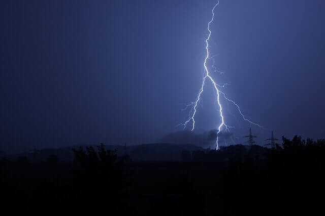 5 Ways to Prepare Your IT Systems for Severe Weather